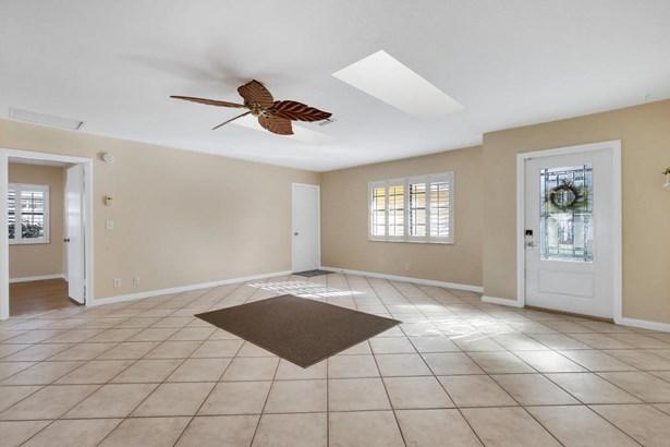 7455 Sunny Hills Terrace, Lantana, FL - USA (photo 5)