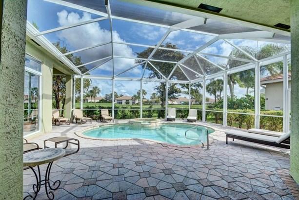 8834 Lakes Boulevard, West Palm Beach, FL - USA (photo 2)