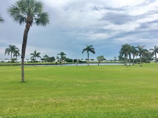 1804 W Ocean Drive Unit 105, Boynton Beach, FL - USA (photo 2)