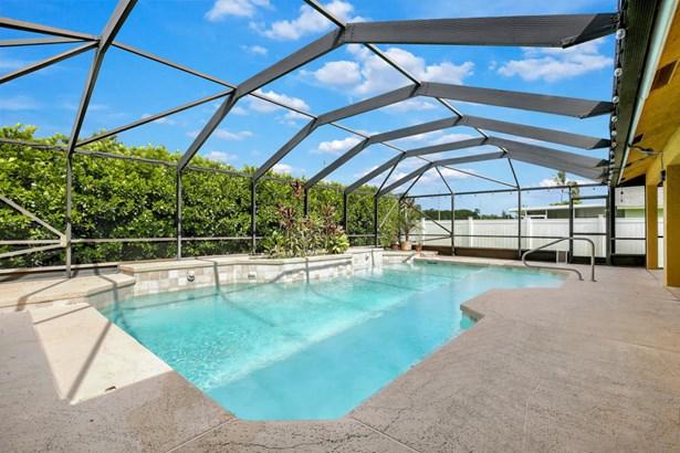 150 Queens Lane, Royal Palm Beach, FL - USA (photo 3)