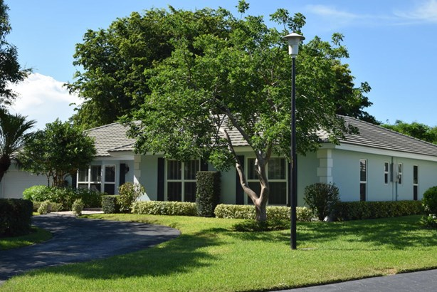 4817 S Lake Drive, Boynton Beach, FL - USA (photo 1)