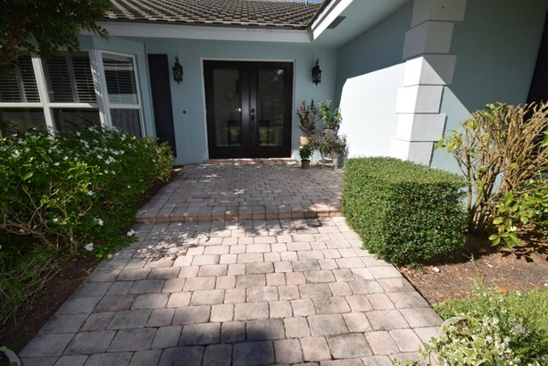 4817 S Lake Drive, Boynton Beach, FL - USA (photo 2)