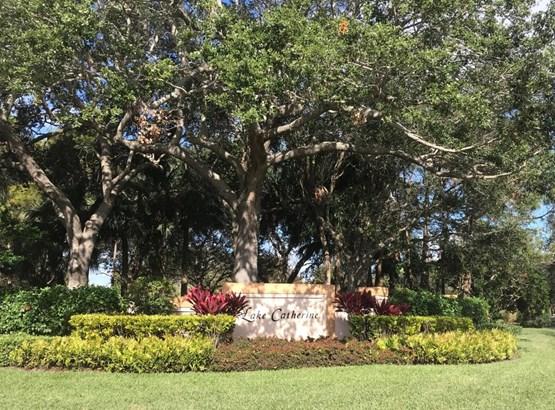 1025 Bedford Avenue, Palm Beach Gardens, FL - USA (photo 2)