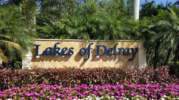 15500 Lakes Of Delray Boulevard Unit 201, Delray Beach, FL - USA (photo 1)