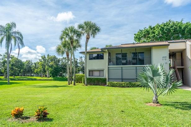 15500 Lakes Of Delray Boulevard Unit 201, Delray Beach, FL - USA (photo 4)