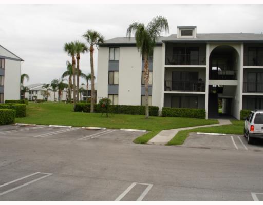 1105 Green Pine Boulevard Unit C2, West Palm Beach, FL - USA (photo 1)