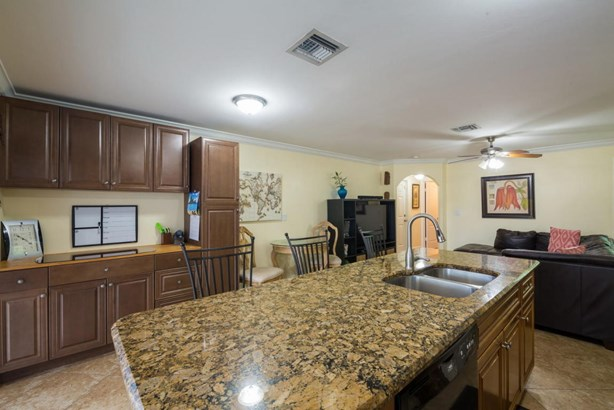 4713 Clemens Street, Lake Worth, FL - USA (photo 5)
