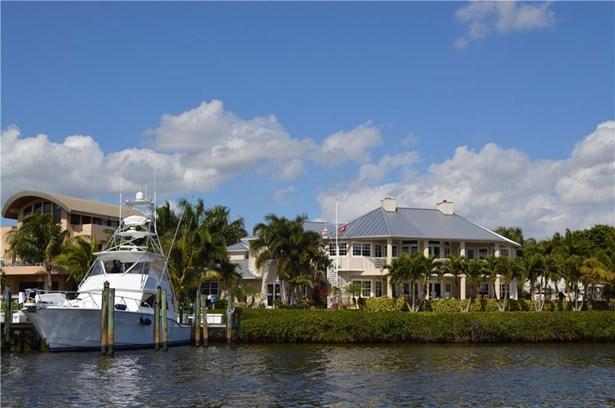 4379 Se Whiticar Way, Stuart, FL - USA (photo 2)