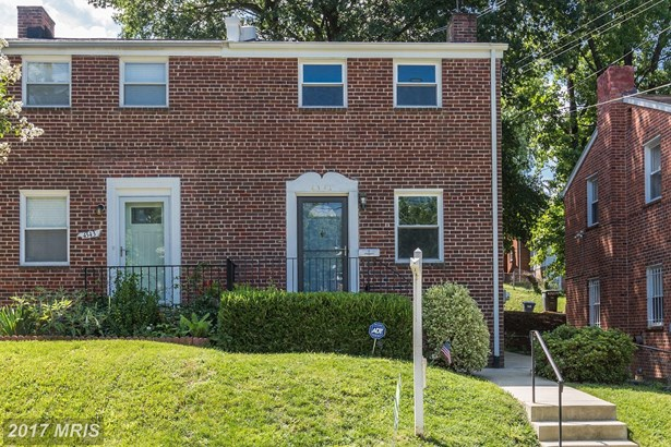 4341 Se F St, Washington, DC - USA (photo 2)