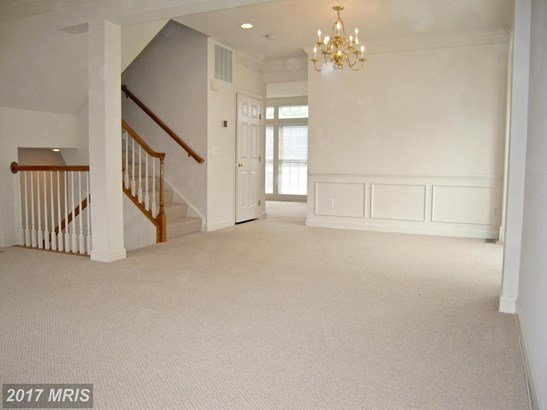 1027 Hotchkiss Pl, Fredericksburg, VA - USA (photo 3)
