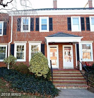 2853 S Buchanan St, Arlington, VA - USA (photo 2)