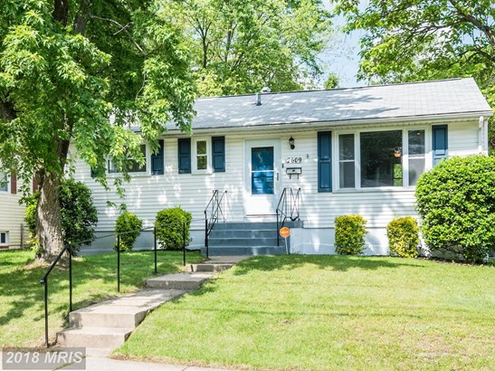 2609 Lorring Dr, District Heights, MD - USA (photo 1)