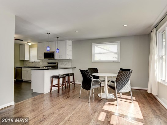 2609 Lorring Dr, District Heights, MD - USA (photo 2)