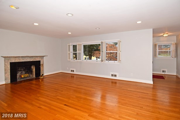 313 N Underwood St, Falls Church, VA - USA (photo 2)
