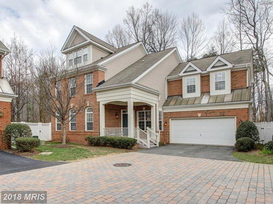 6902 Inlet Cove Dr, Fort Belvoir, VA - USA (photo 1)