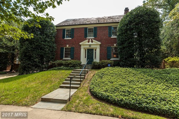 7010 Beechwood Dr, Chevy Chase, MD - USA (photo 1)