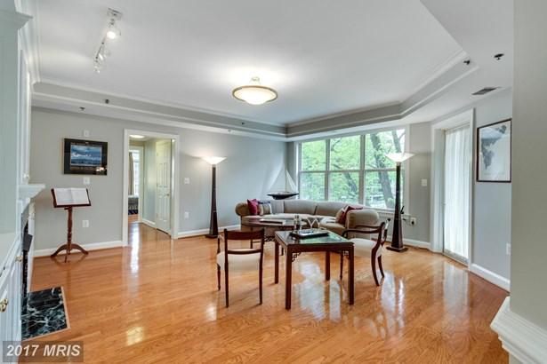 1555 Colonial Terr 501, Arlington, VA - USA (photo 5)