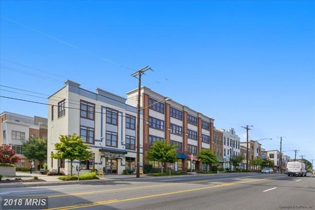4105 Nicholson St, Hyattsville, MD - USA (photo 5)