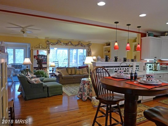 135 Morrie Dr, Basye, VA - USA (photo 3)