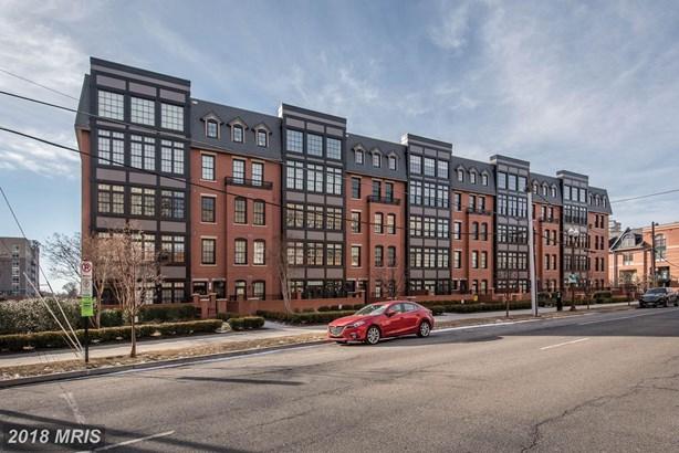1700 Clarendon Blvd 125, Arlington, VA - USA (photo 1)