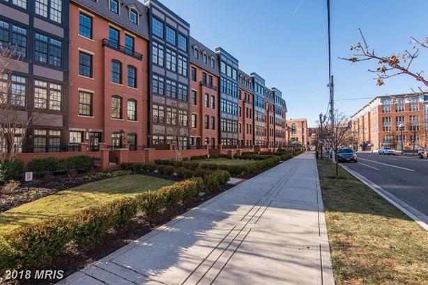 1700 Clarendon Blvd 125, Arlington, VA - USA (photo 2)