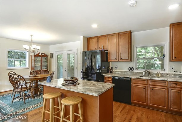 8519 Spartan Rd, Fairfax, VA - USA (photo 5)