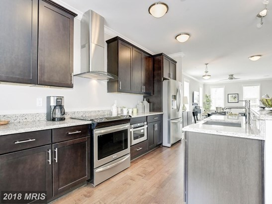 424 Se Woodcrest Dr B, Washington, DC - USA (photo 1)