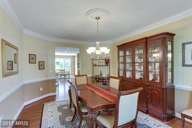 3804 Bell Manor Ct, Falls Church, VA - USA (photo 5)