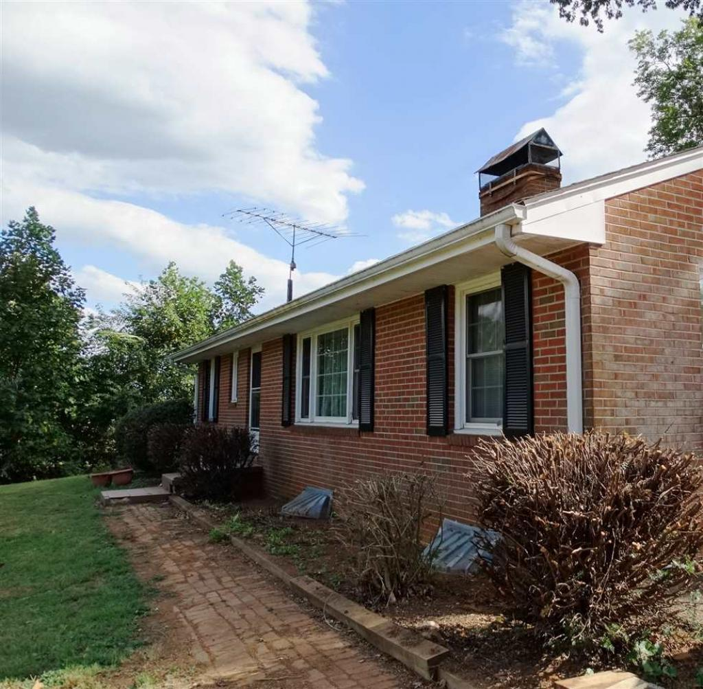 202 Orange Rd, Madison, VA - USA (photo 2)