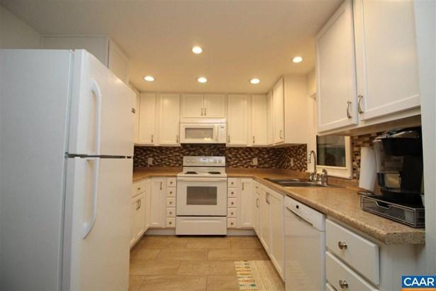 779 Old White Hill Rd, Stuarts Draft, VA - USA (photo 2)