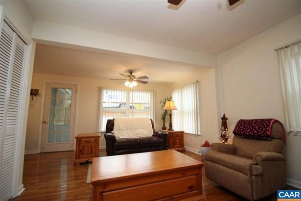 779 Old White Hill Rd, Stuarts Draft, VA - USA (photo 5)