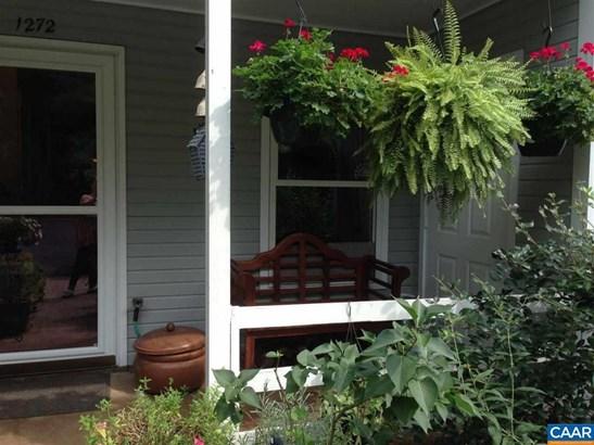 1272 Maple View Dr, Charlottesville, VA - USA (photo 2)