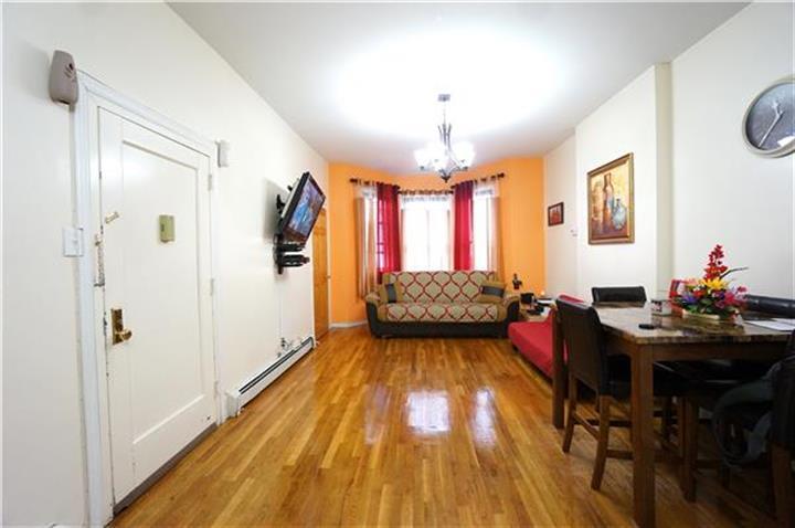 1311 Clay Avenue, Bronx, NY - USA (photo 5)