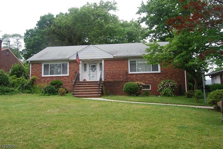 328 Grove St, Clifton, NJ - USA (photo 1)
