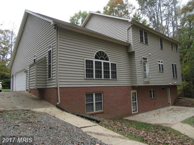8909 Old Block House Ln, Spotsylvania, VA - USA (photo 2)