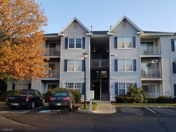 307 Stratford Pl, Bridgewater, NJ - USA (photo 1)