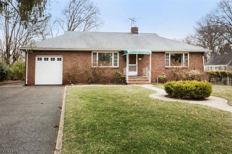 312 Prospect Ave, Oradell, NJ - USA (photo 1)