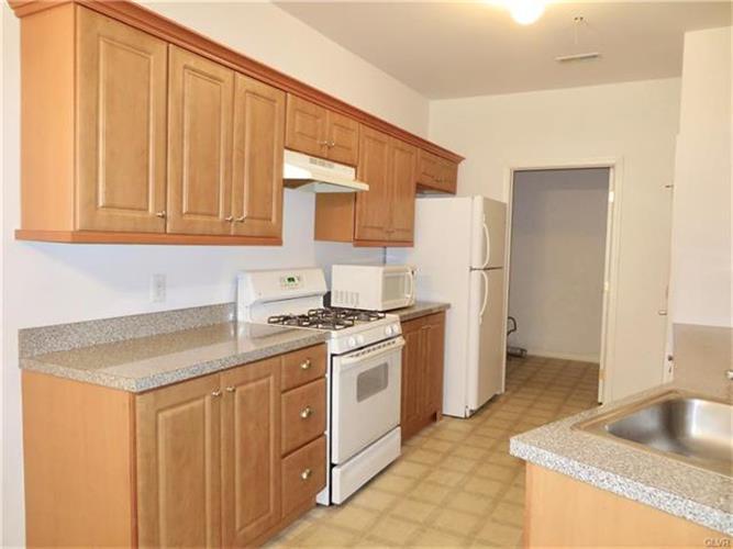 813 Eden Terrace, Williams Twp, PA - USA (photo 2)