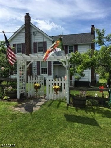 135 Mudtown Rd, Wantage, NJ - USA (photo 2)