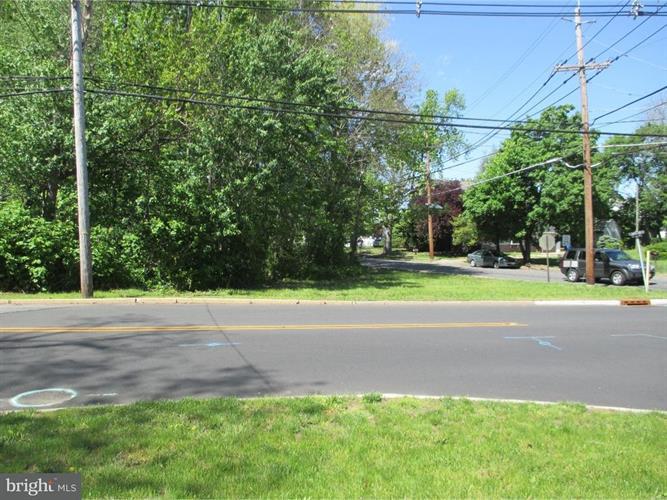 1:2 Wood Street, Burlington, NJ - USA (photo 2)