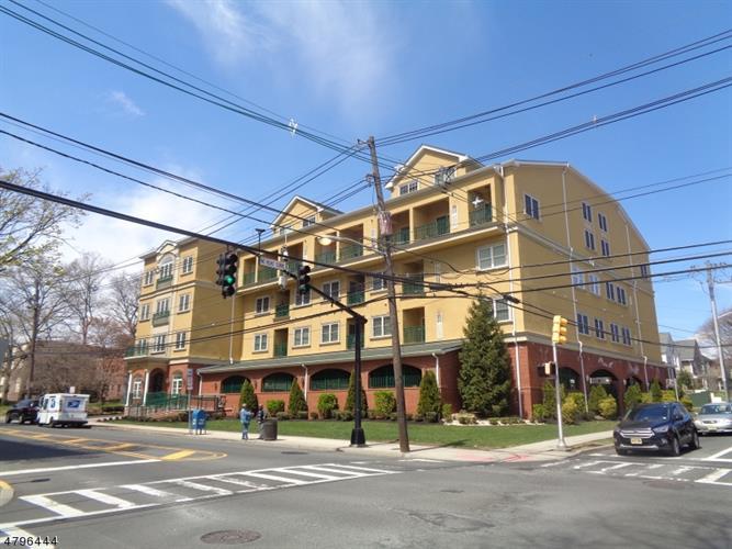 201-211 W Jersey St 424, Elizabeth, NJ - USA (photo 1)