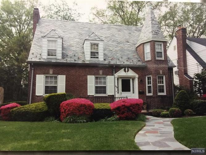 1234 Sussex Road, Teaneck, NJ - USA (photo 1)