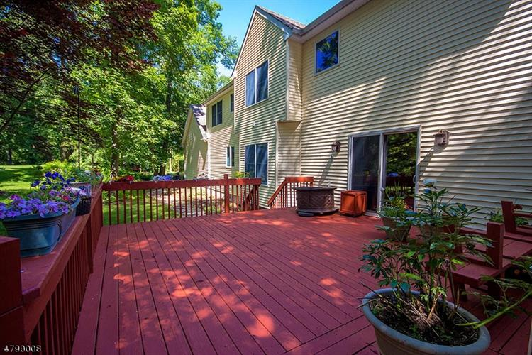 19 Mountain View Dr, Andover, NJ - USA (photo 2)