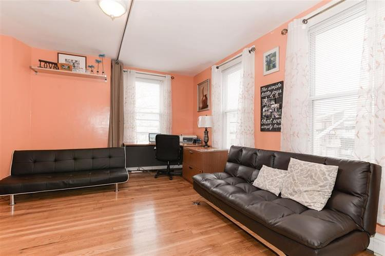 1058 Summit Ave, Unit 2 2, Jersey City, NJ - USA (photo 1)