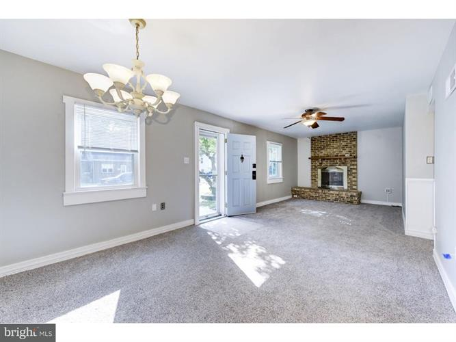 175 Silver Lake Drive, Clementon, NJ - USA (photo 5)