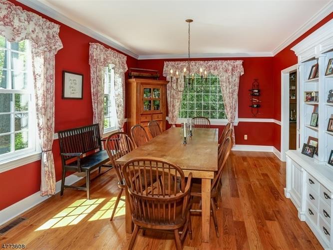 10 Red Oak Row, Chester, NJ - USA (photo 4)