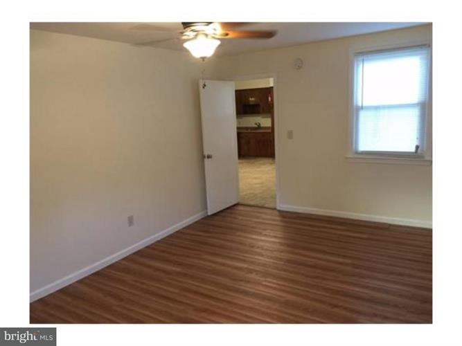 15 Doughty Street, Raritan, NJ - USA (photo 2)