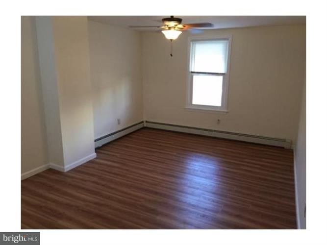 15 Doughty Street, Raritan, NJ - USA (photo 5)