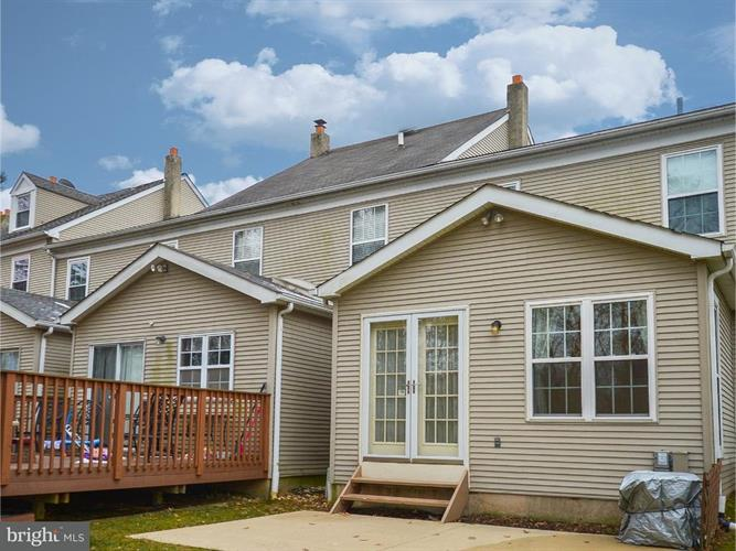 2389 Norrington Drive, Norristown, PA - USA (photo 4)