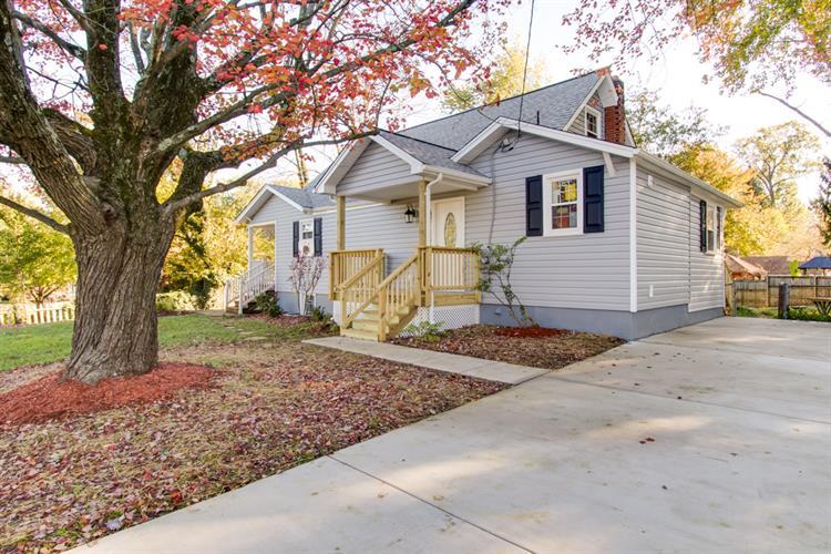 10927 Oakwood Drive, Fairfax, VA - USA (photo 4)